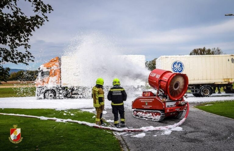 Training of the voluntary fire department Mooskirchen