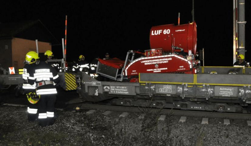 LUF 60 Löschroboter Großübung Bosrucktunnel
